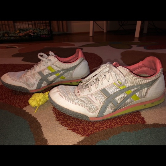 official photos 555e5 bfd70 ASICS Onitsuka Tiger Women's Ultimate 81 sneaker